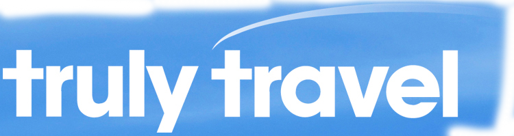 truly travel logo